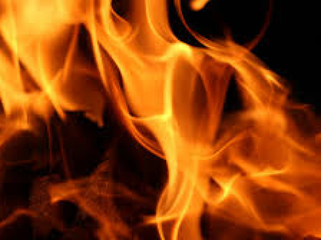 Более 30 юных спортсменов эвакуировали из гостиницы в Атырау из-за пожара