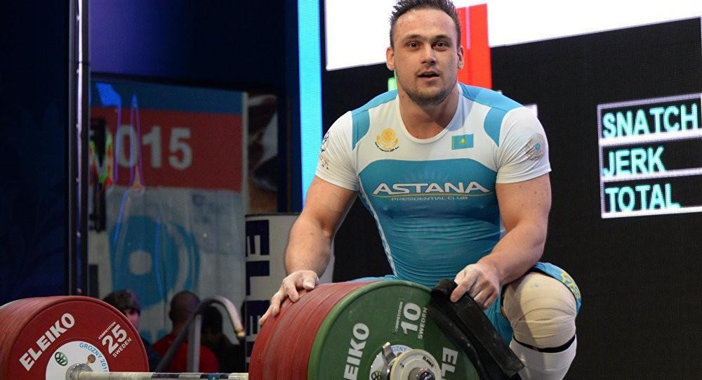 Илья Ильин стал 13-м на чемпионате мира по тяжелой атлетике