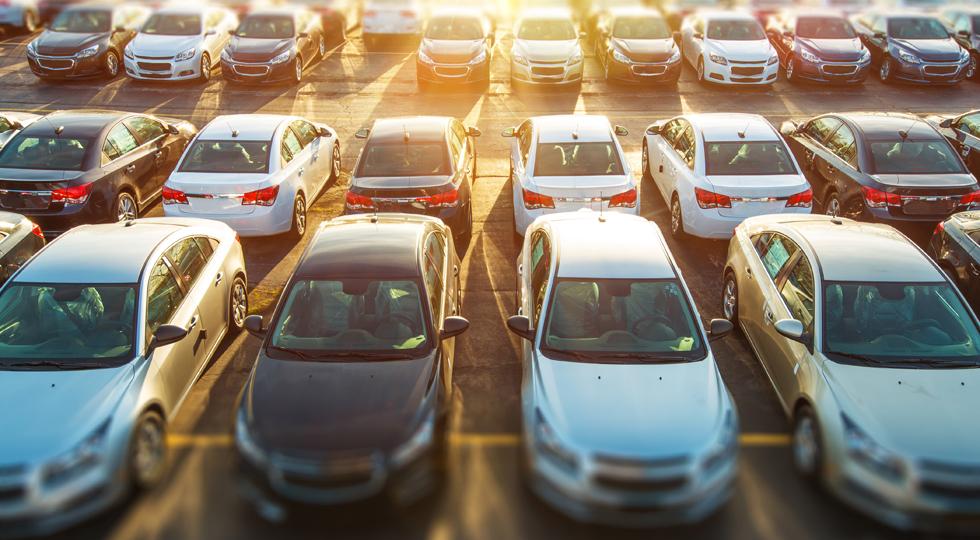 Количество зарегистрированных автомобилей в Казахстане в январе-августе увеличилось на 14%