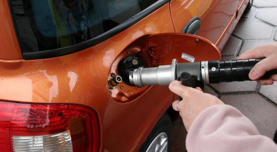 Автомобили переходят на газ