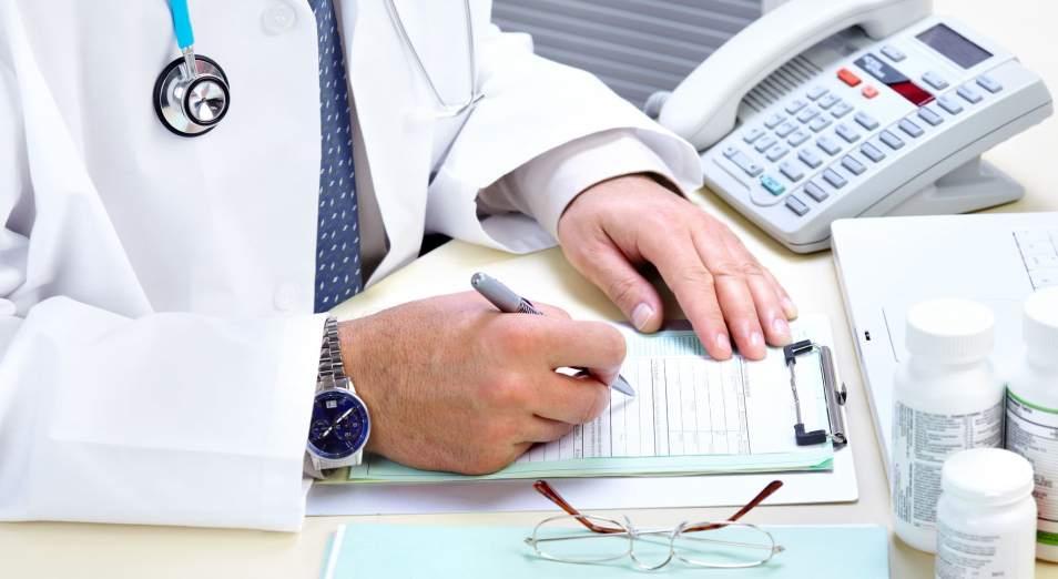 Более 5 млн тенге заработали медики ЮКО на бесплатных справках