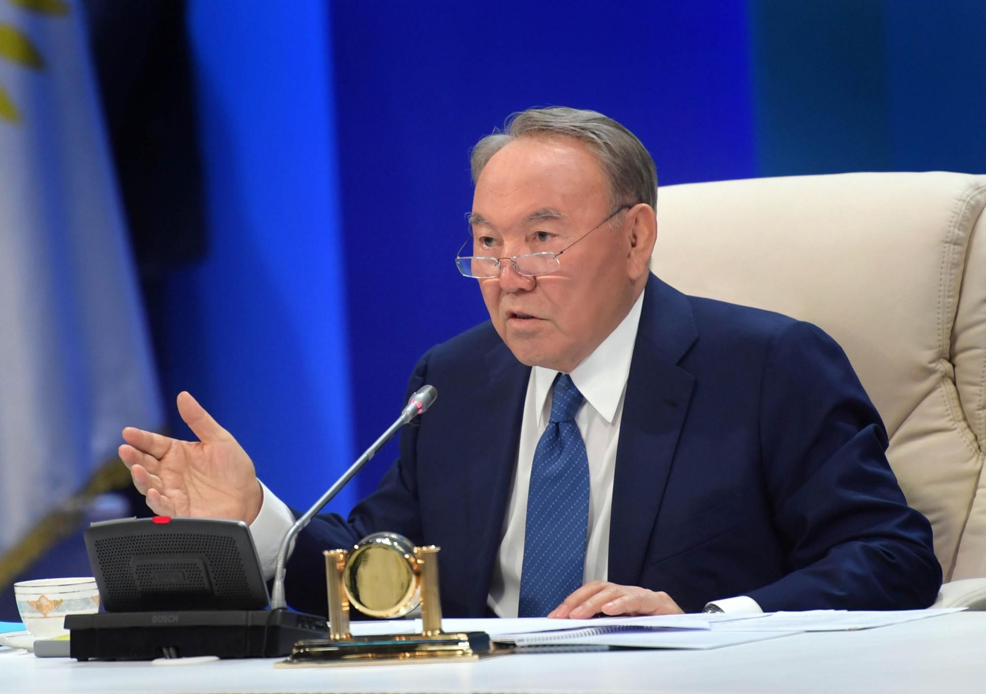 Казахстану необходимо открыть авиарейсы в США и Японию