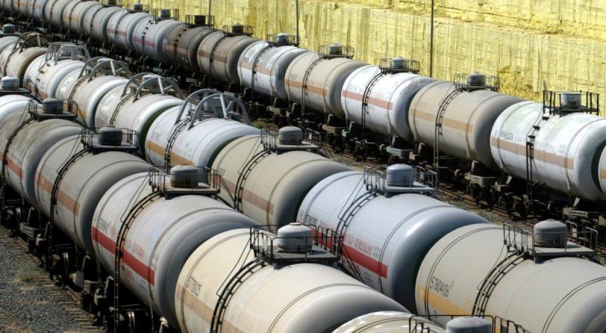 Казахстан ратифицировал поправки в соглашение с РФ, позволяющие республике начать экспорт бензина