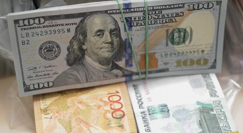 Налоги и нефть скорректируют курс тенге к доллару