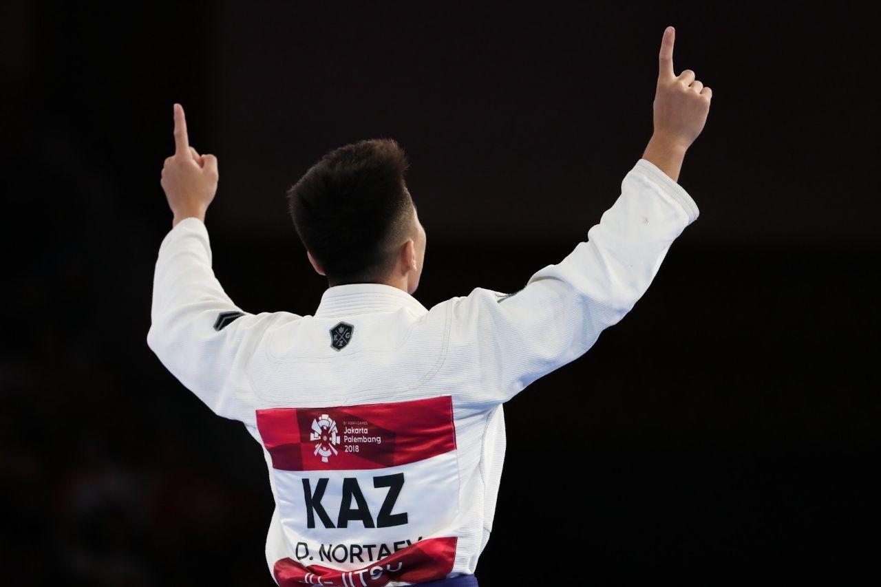 Дархан Нортаев завоевал золотую медаль в джиу-джитсу