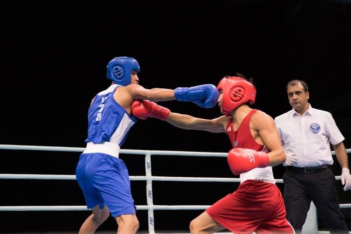 ЧА по боксу: казахстанские юниоры завоевали четыре золотых медали