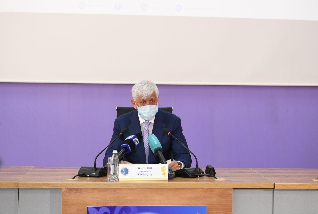 Амандық Баталов Нұр-Сұлтандағы кардиоорталықта ем алып жатыр