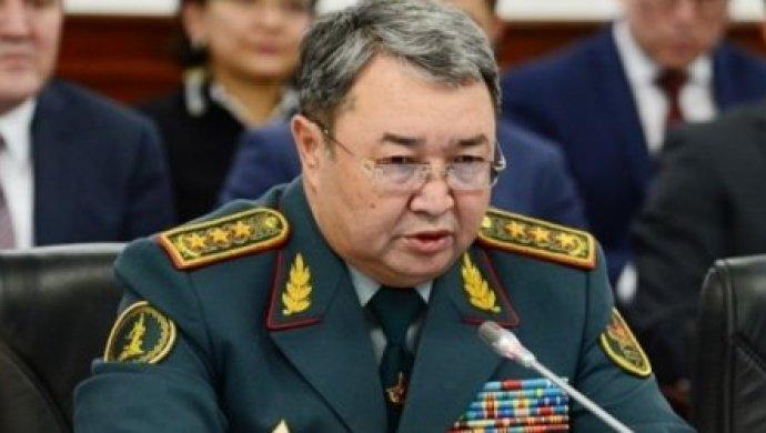 Касым-Жомарт Токаев уволил бывшего министра обороны Сакена Жасузакова