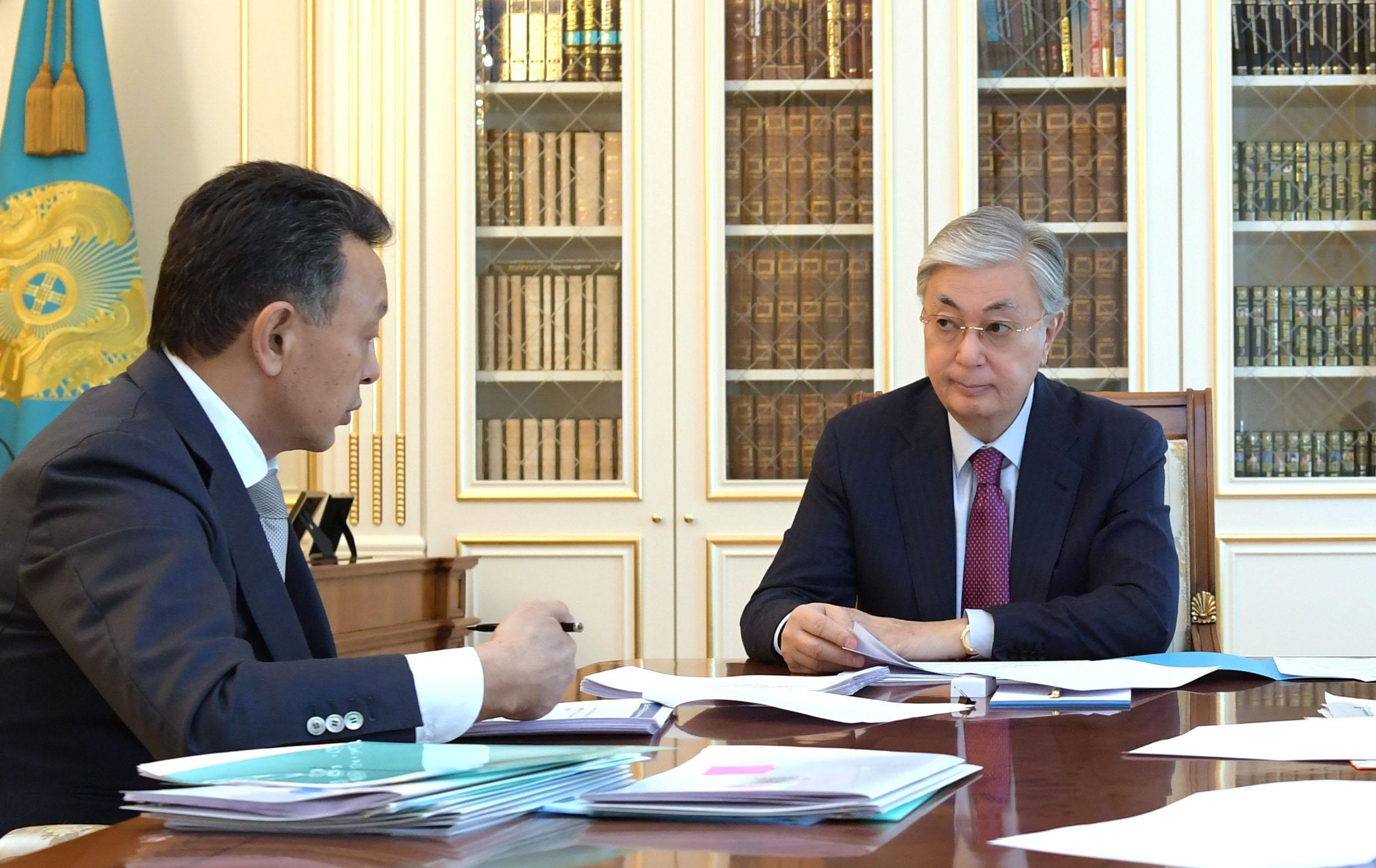 Президент Сауат Мыңбаевқа бірқатар тапсырма жүктеді