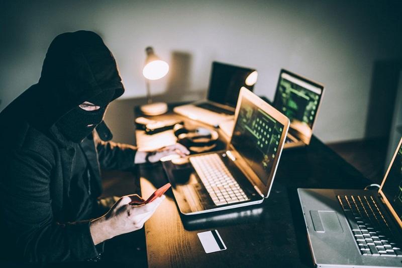 Казахстанцев предупредили о возможной активизации мошенников