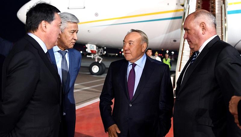 Нурсултан Назарбаев прибыл с рабочим визитом в Россию