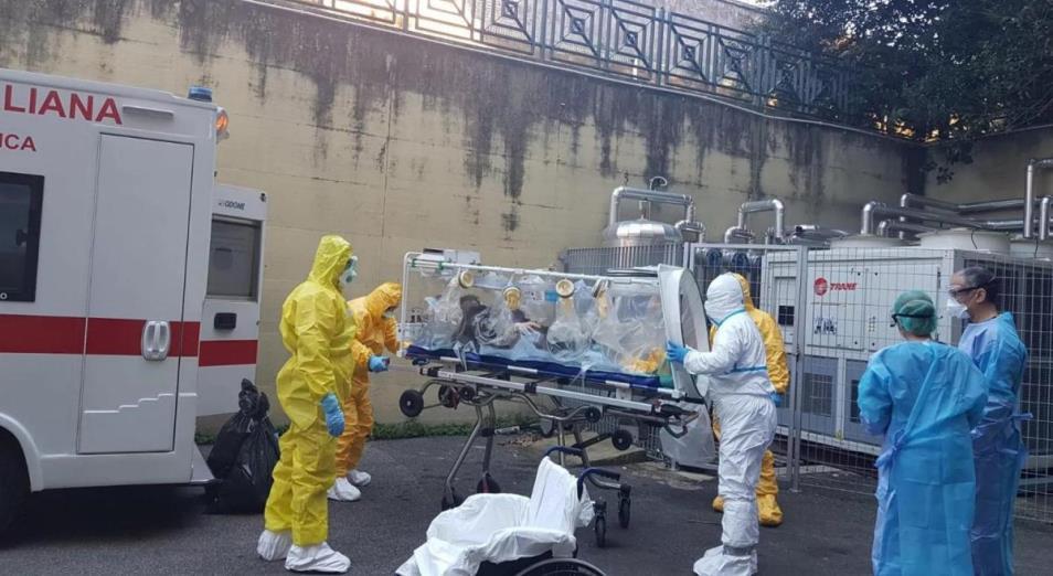 Новые случаи заражения коронавирусом, замедление деловой активности в США