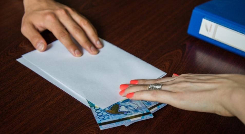 Токаев продолжит борьбу с коррупцией в Казахстане
