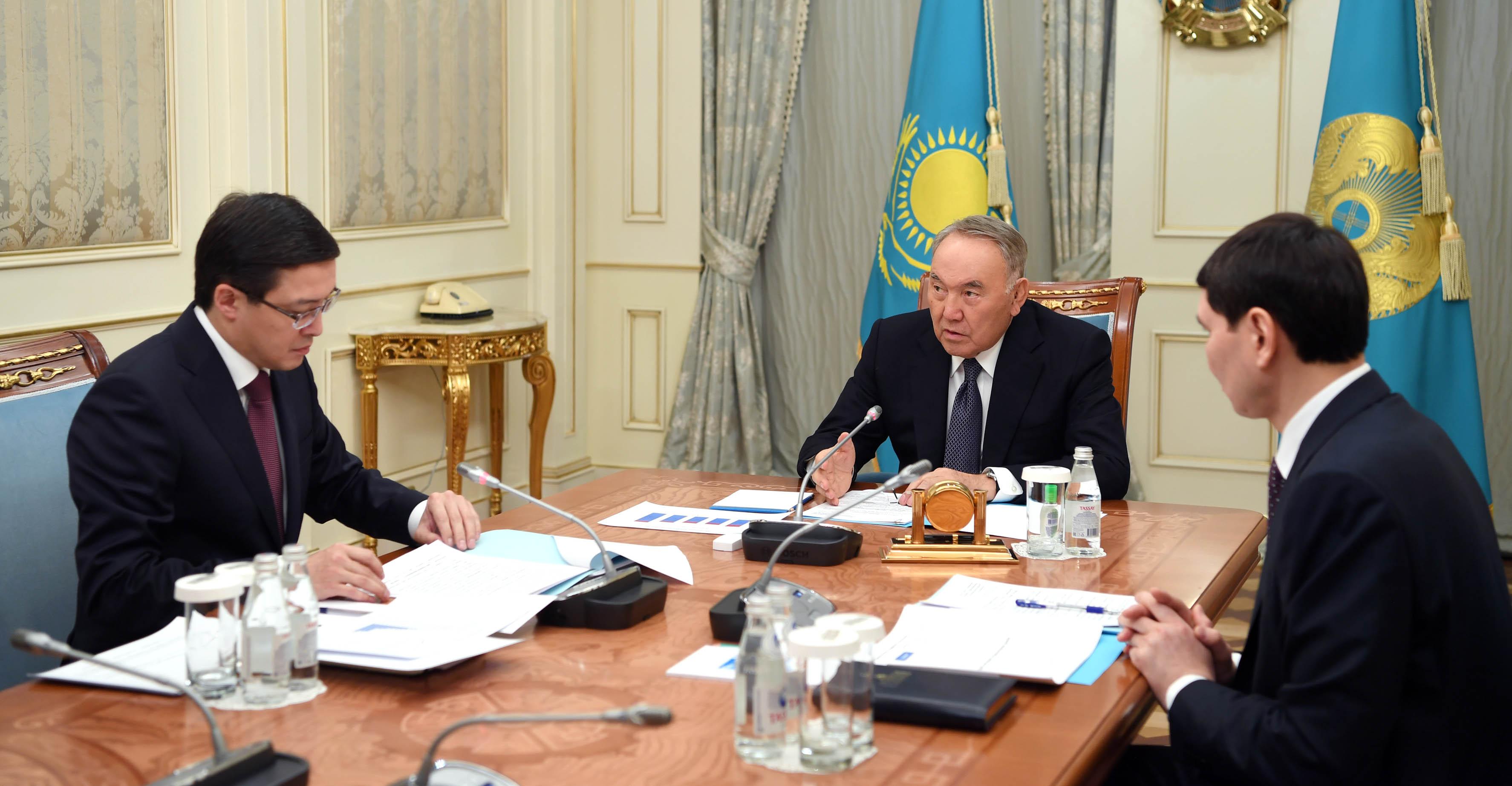Нурсултан Назарбаев обратил внимание председателя Нацбанка РК на вопрос эффективности мер по снижению уровня инфляции