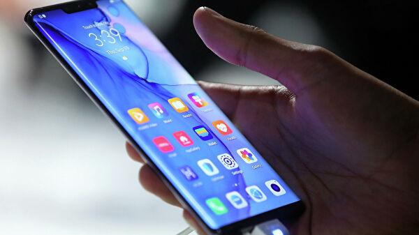 Продажи смартфонов в мире снизились на 1% в 2019 году