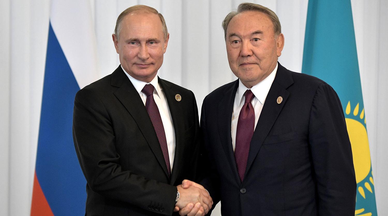 Путин по телефону поздравил Назарбаева с юбилеем