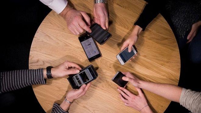 Ұялы телефондарға қауіпсіздік сертификатын орнату қажет