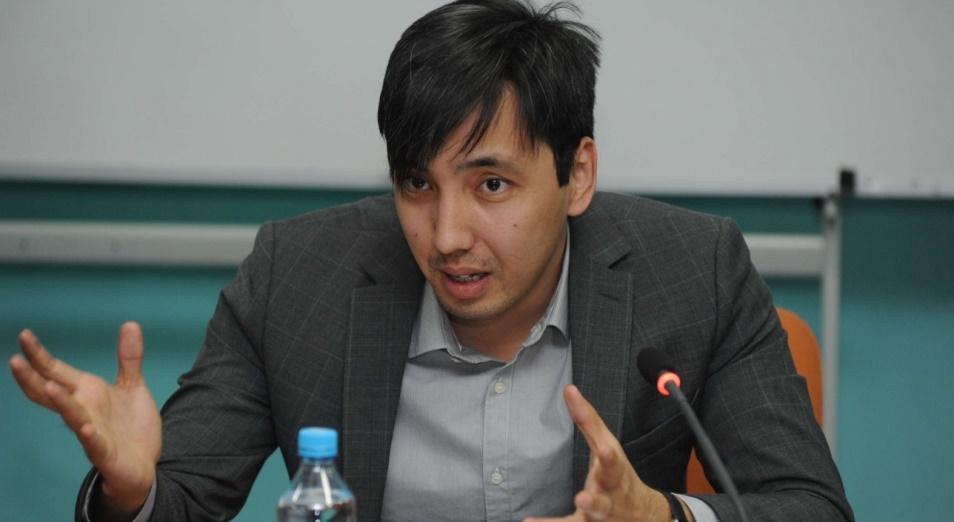 Политолог Жумабек Сарабеков – о создании Конституционного совета