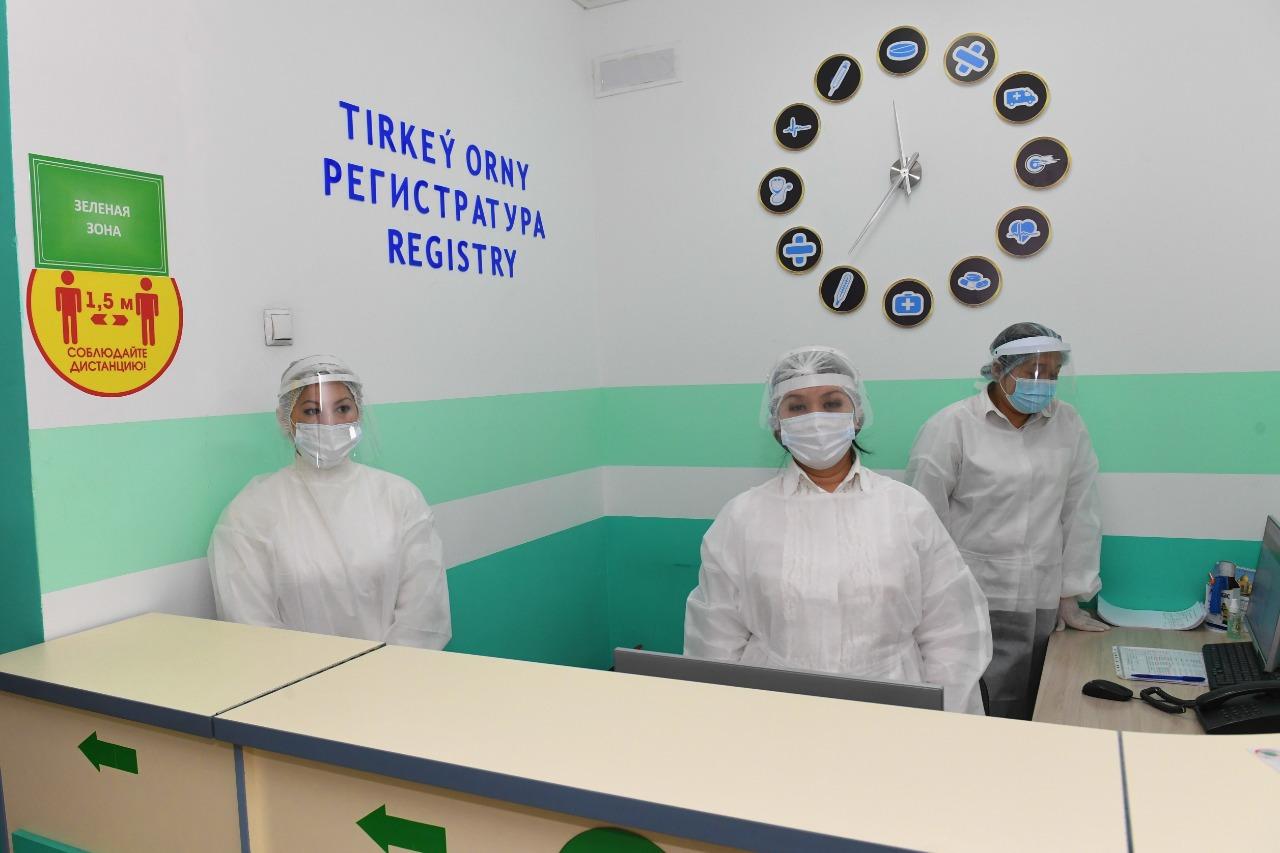 Алматының телемедицина орталығы COVID-19 жұқтырғандарға тәулік бойы көмек көрсетеді
