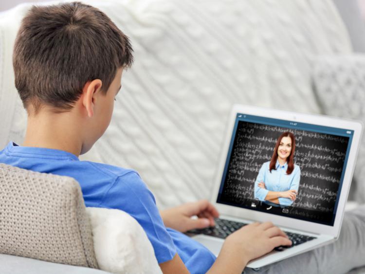 Мектеп балансындағы компьютерлер оқушыларға уақытша үлестіріледі