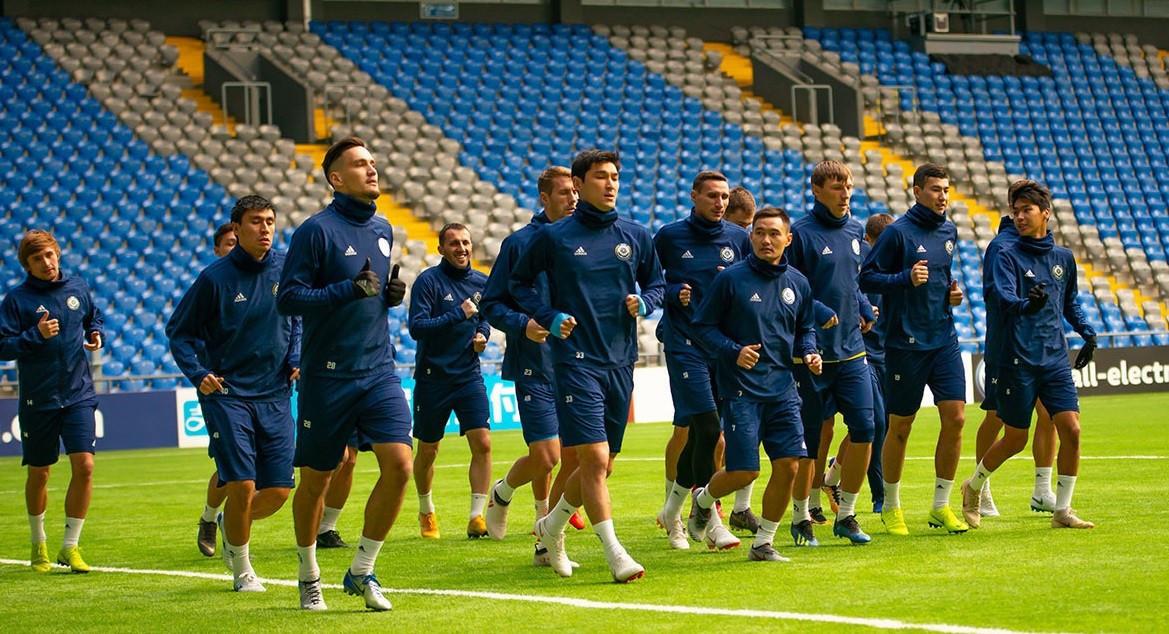 Национальная команда Казахстана по футболу проводит сборы перед матчем с Бельгией