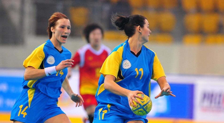 ЧА по гандболу: казахстанки претендуют на третий титул