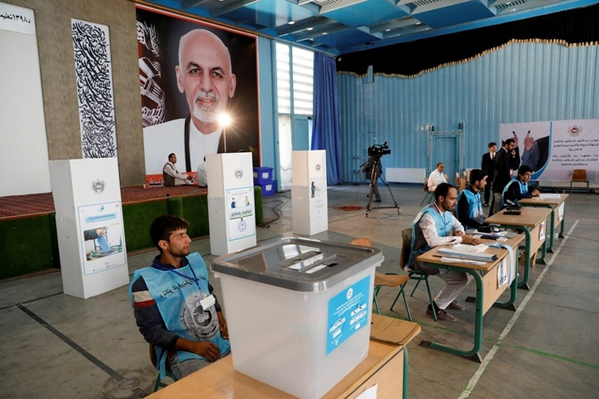 Около 200 участков на выборах в Афганистане не получили избирательные материалы
