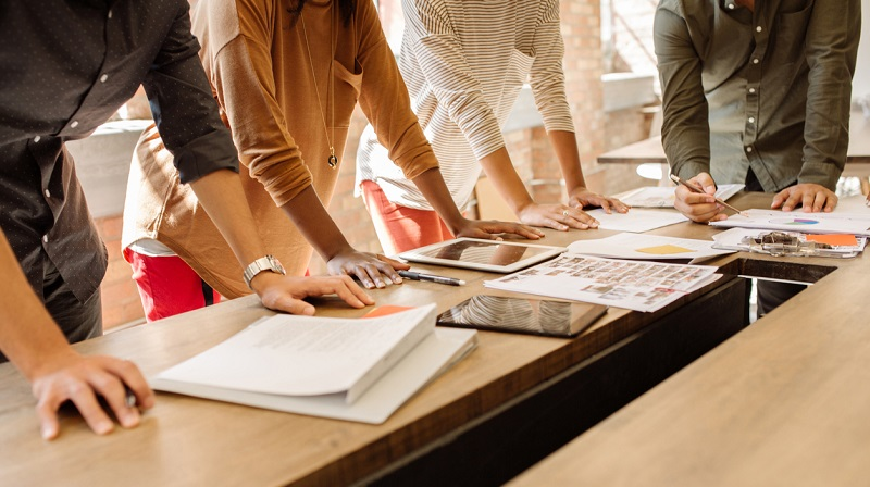 Блогеры все чаще заменяют традиционных маркетологов