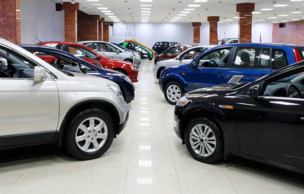 С начала 2018 года казахстанцы приобрели свыше 41,6 тысячи новых легковых автомобилей
