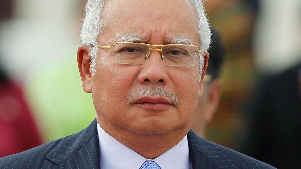 Скандал вокруг 1MDB: Н. Разак потратил деньги из госфонда на подарки