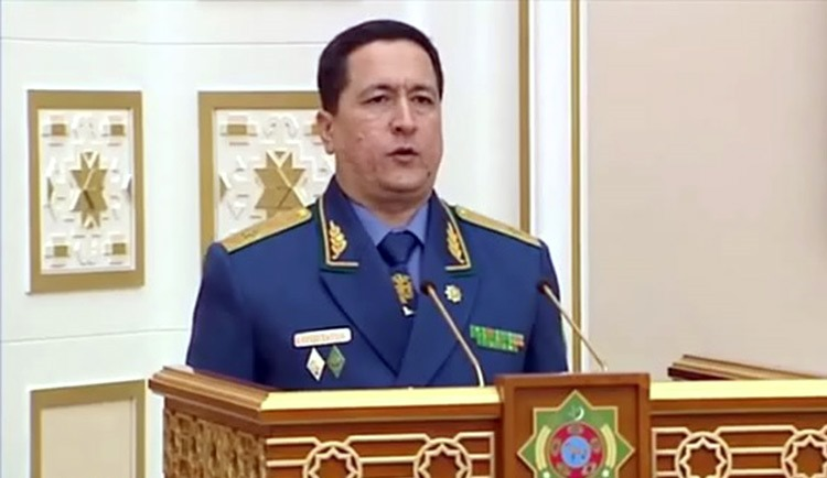 Глава МВД Туркменистана отправлен в отставку и разжалован до майора