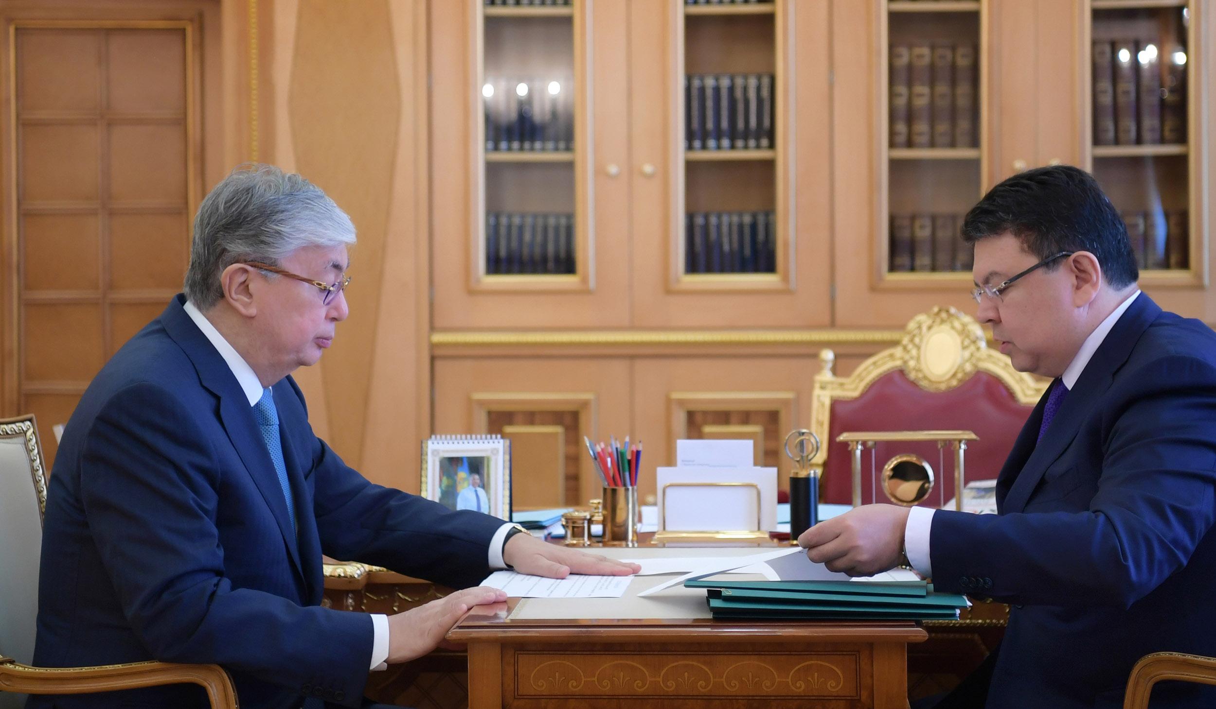 Министр энергетики доложил Президенту РК о ситуации на рынке топлива
