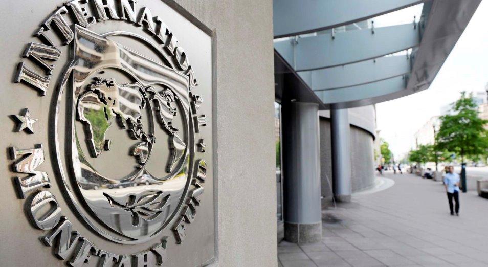 Десяткам стран отсрочат долги на $21 млрд