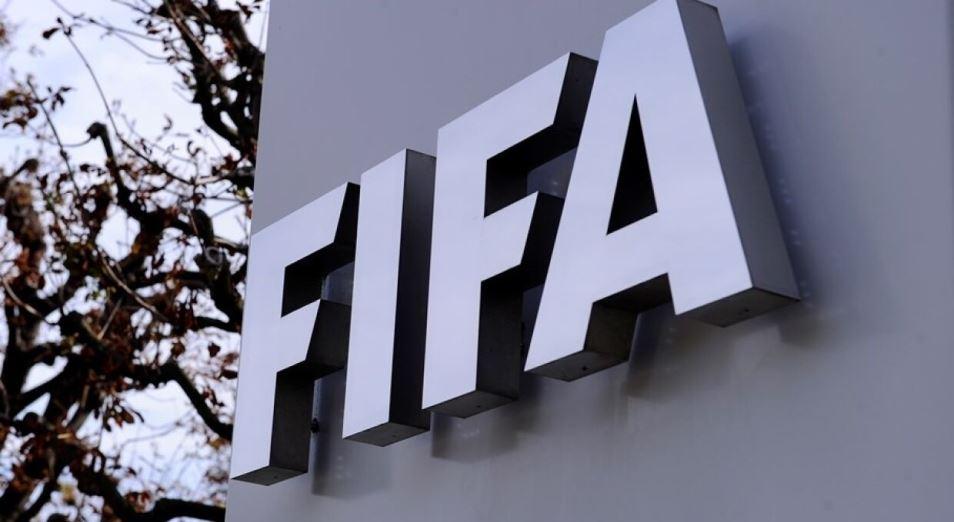 FIFA намерена поддержать лиги и клубы финансами