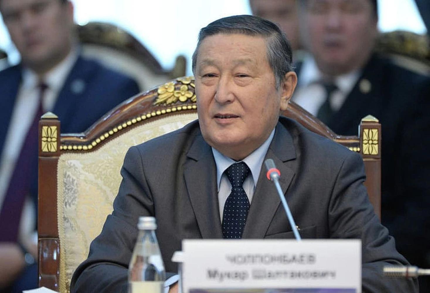 Экс-спикер парламента Кыргызстана Мукар Чолпонбаев скончался от COVID-19