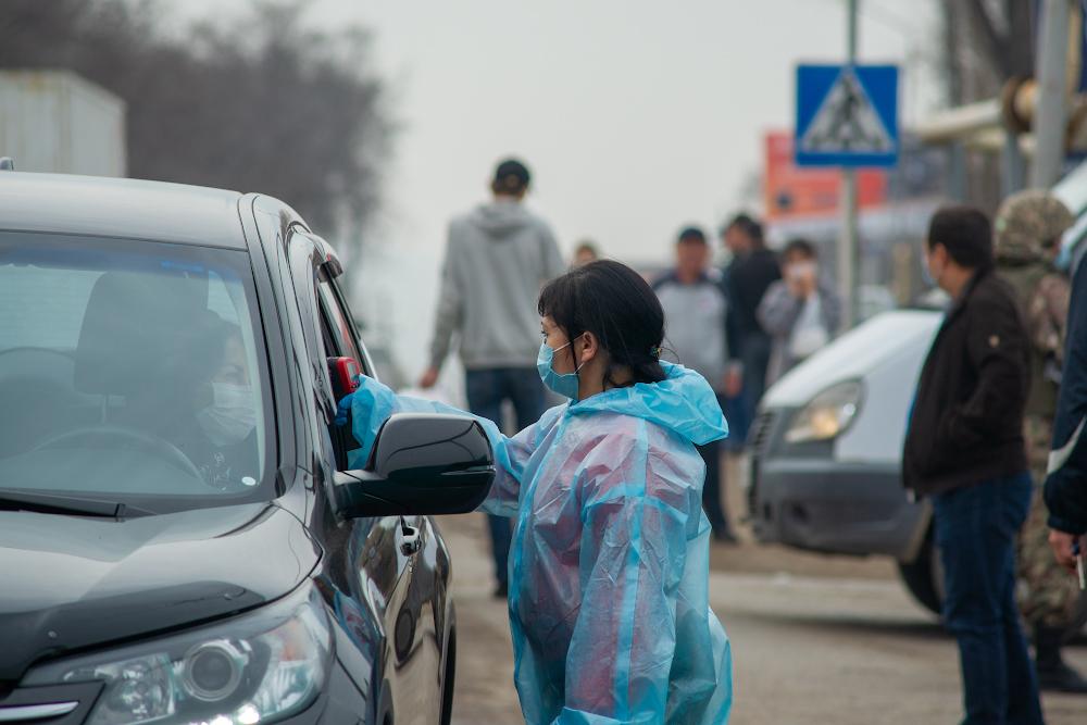 Полиция Алматы создала группу для выявления мошенников на блокпостах