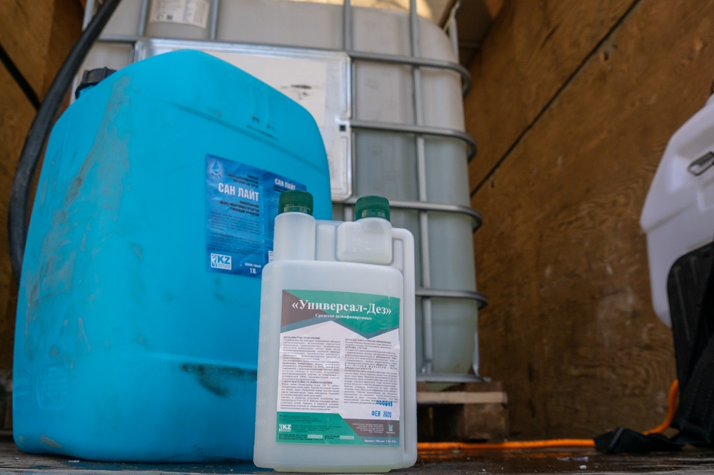 28 тысяч литров дезраствора приготовлено для обработки улиц Павлодара