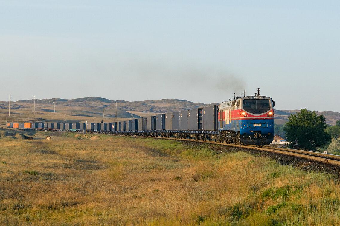 Объем перевозок между Казахстаном и КНР вырос более чем на треть в 2018 году