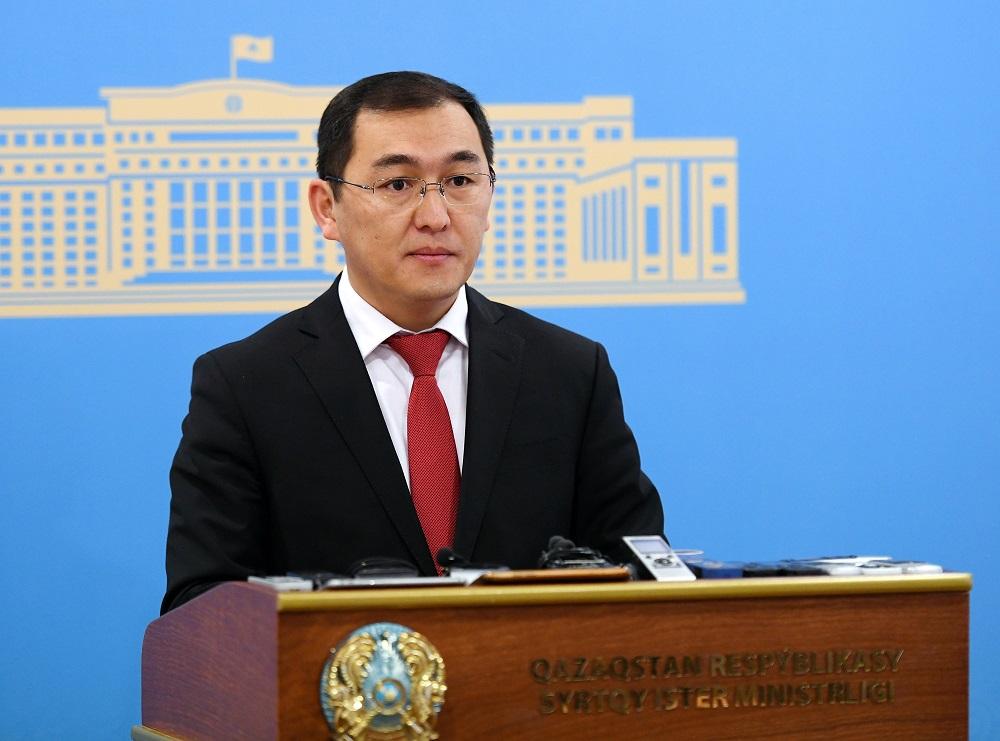МИД и МВД начали отработку вопроса отмены регистрации для иностранных граждан