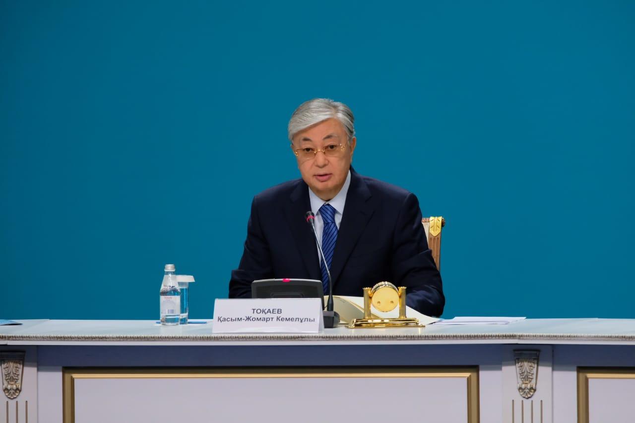 Токаев озвучил условие отмены режима ЧП в Казахстане