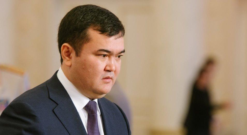 Почему Женис Касымбек убрал акимов Темиртау и Караганды?
