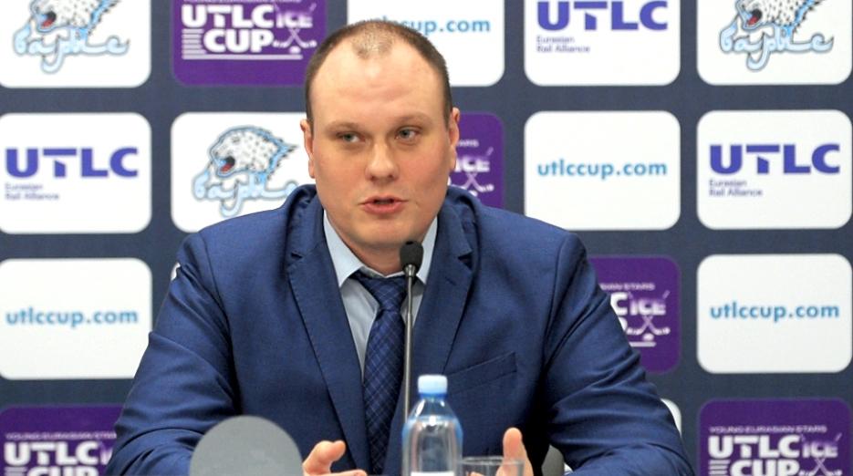 КФХ рассмотрит вопрос о тренере сборной на следующей неделе