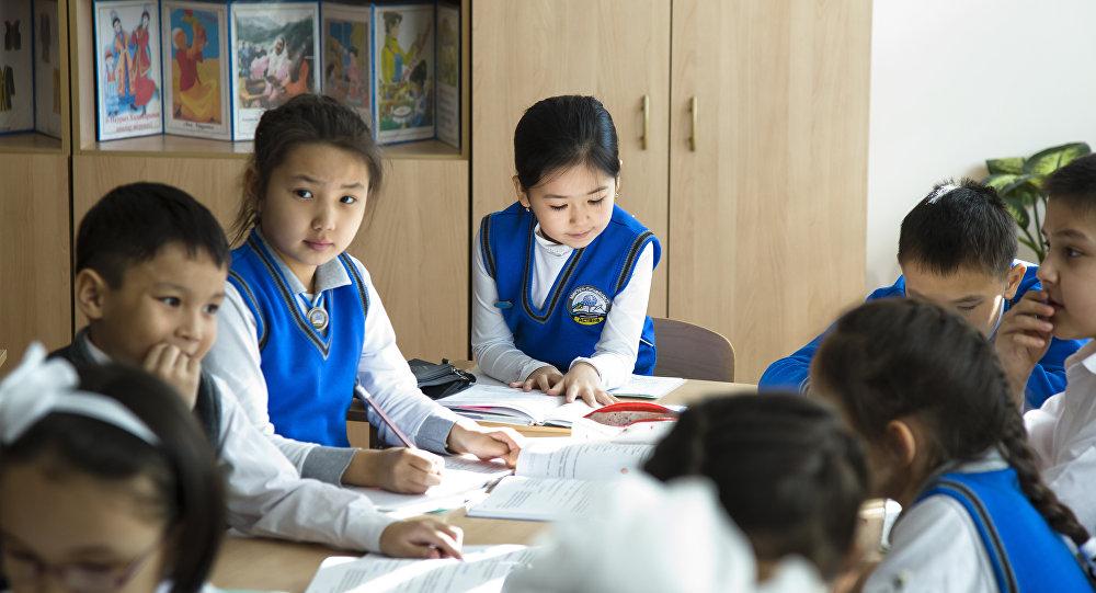 В учреждениях образования Алматы борются с коррупцией