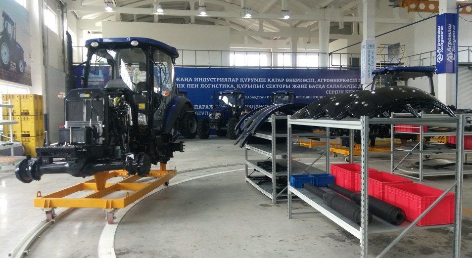 В Костанае запустили цех по производству тракторов китайского бренда