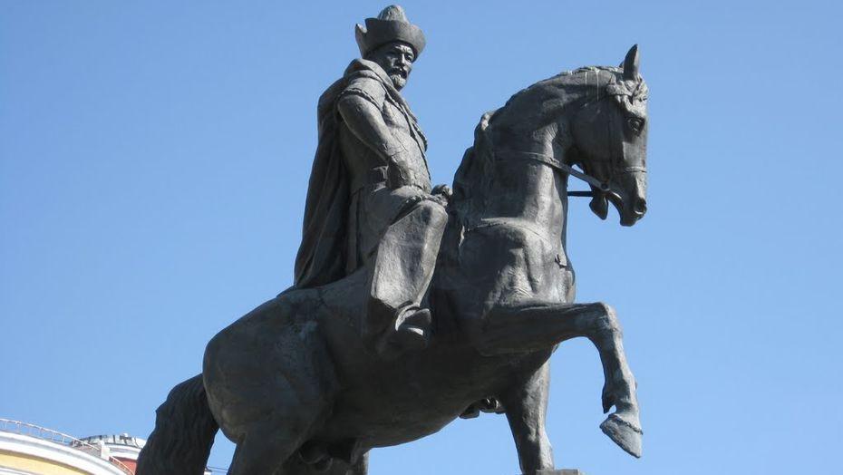Петропавловск, Павлодар и Семей предложили переименовать в честь казахских правителей