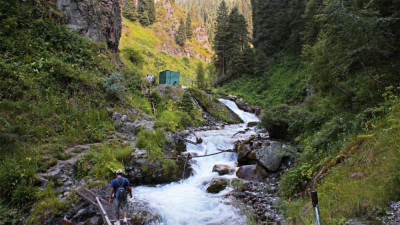 ДЧС Алматы предупреждает о возможных колебаниях водности на горных реках