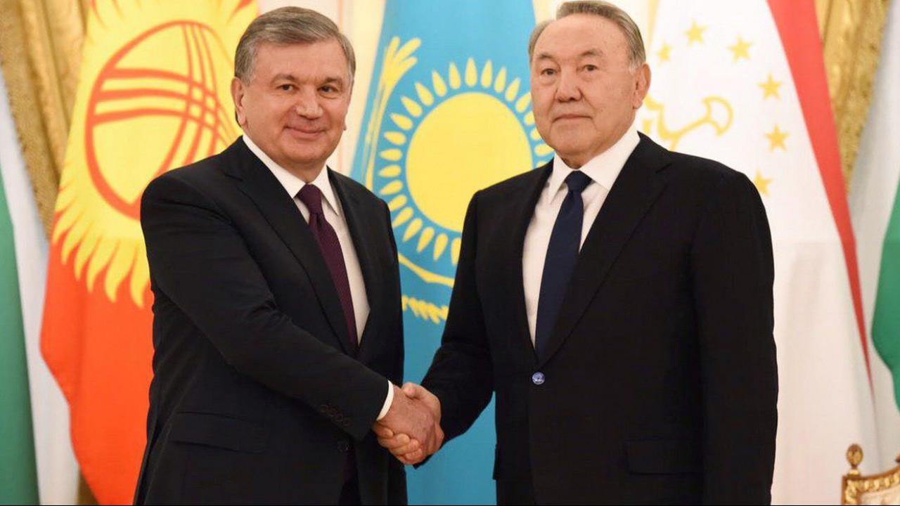 Мирзиёев обсудил с Назарбаевым ликвидацию подтоплений в приграничных регионах