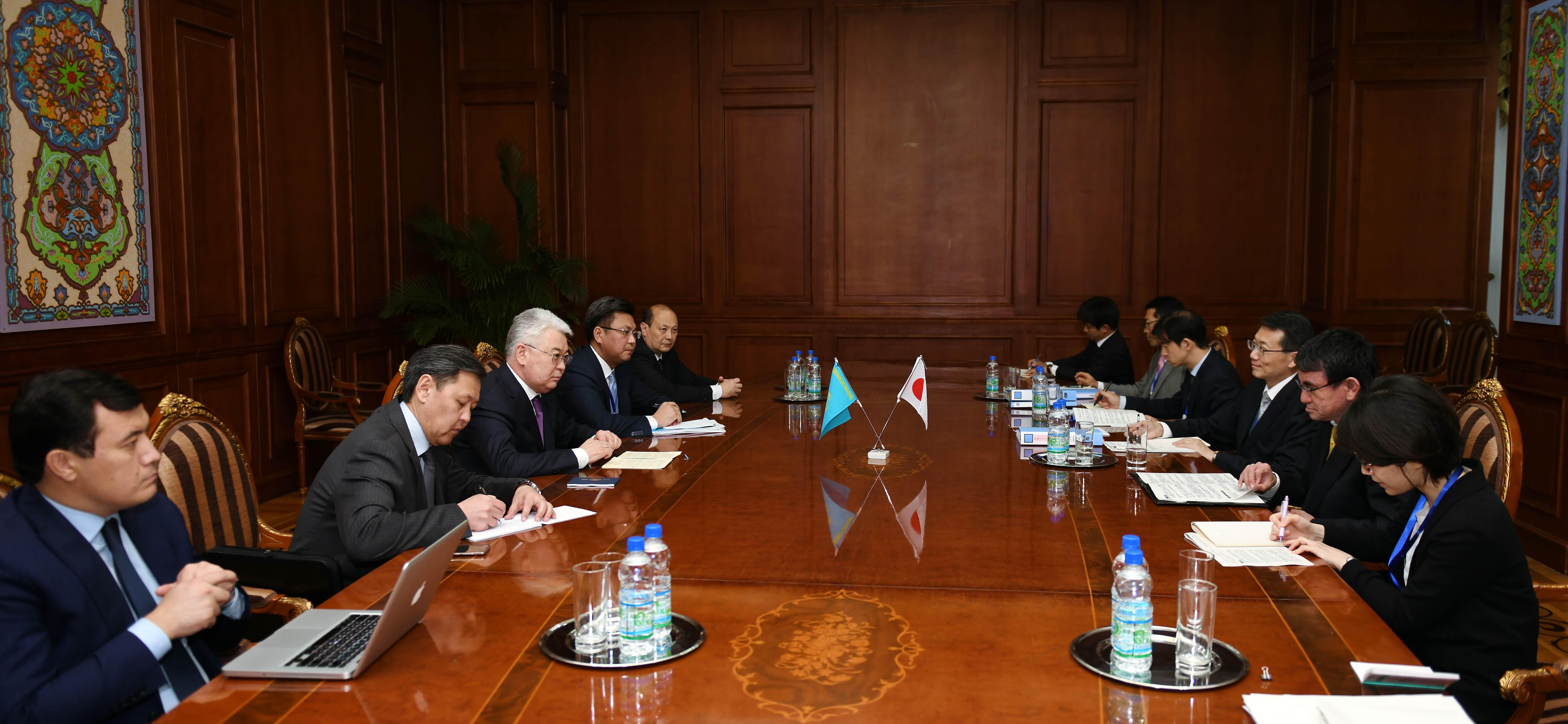 Казахстан обсудил перспективы сотрудничества с Японией и Афганистаном