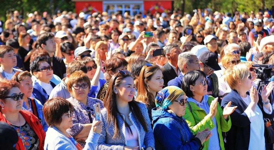 В Казахстане нужно развивать культуру митингов – президент
