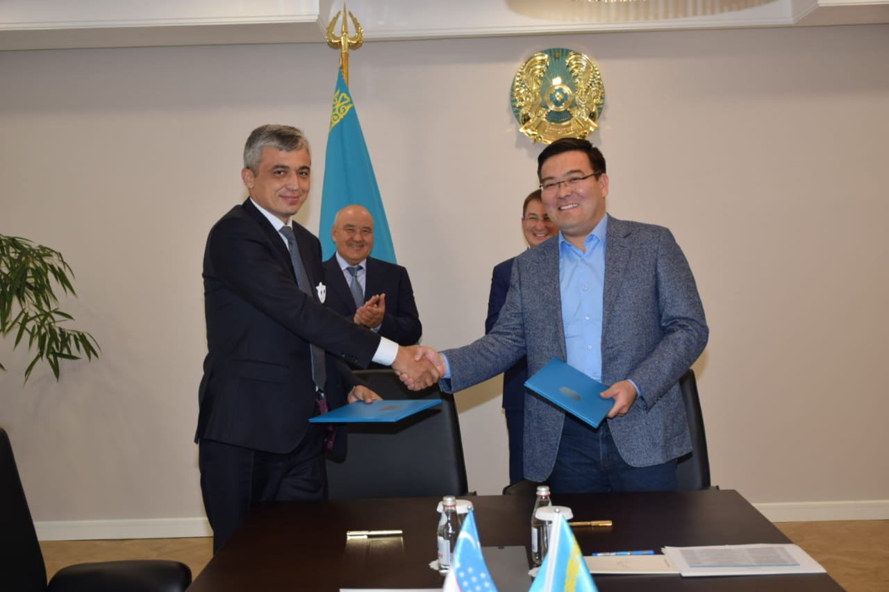 Акимат Туркестанской области и минстроительства Узбекистана заключили меморандум о сотрудничестве
